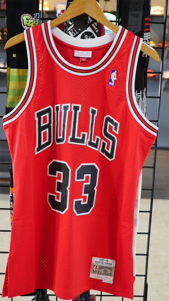 "Mitchell and Ness Swingman Jersey ""Scottie Pippen"" 97-98"