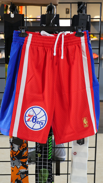 "Mitchell and Ness Swingman Shorts ""Sixers Road"" 96-97"