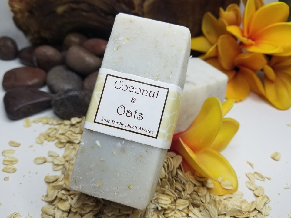 Coconut & Oats Scrub Bar