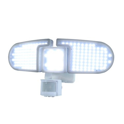 Nature Power 205 Integrated LED Triple Head Lights with Bright Lights On