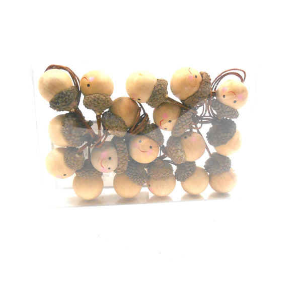 Silver Tree Acorn Faces Wood Mini Tree Garland