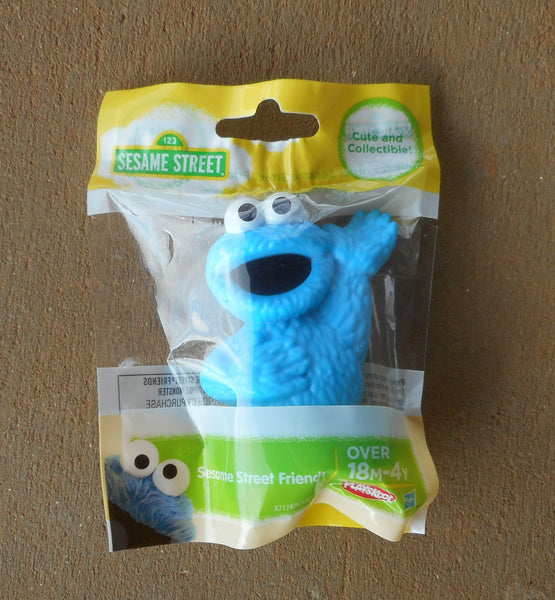 Sesame Street Blue Cookie Monster Cake Topper