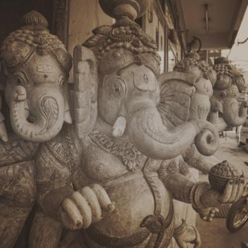 City Love Delhi Sculptures Wallpaper CL75C