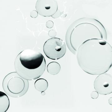 Quattro Bubbles Wallpaper 457020