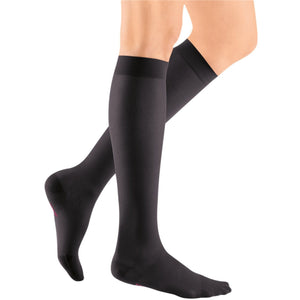 Mediven Sheer & Soft Women's 20-30 mmHg Knee High, Ebony