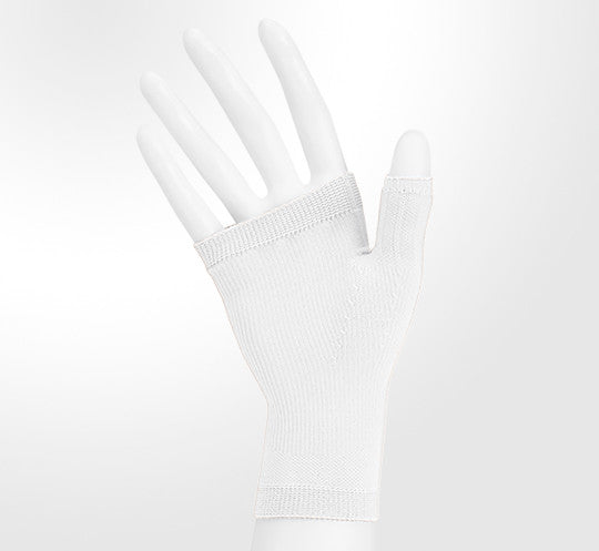 Juzo 20-30 mmHg Soft Seamless Gauntlet, White