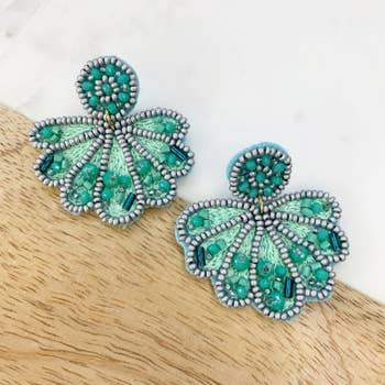 Clam Beaded Earrings - Kiss My Chic Boutique