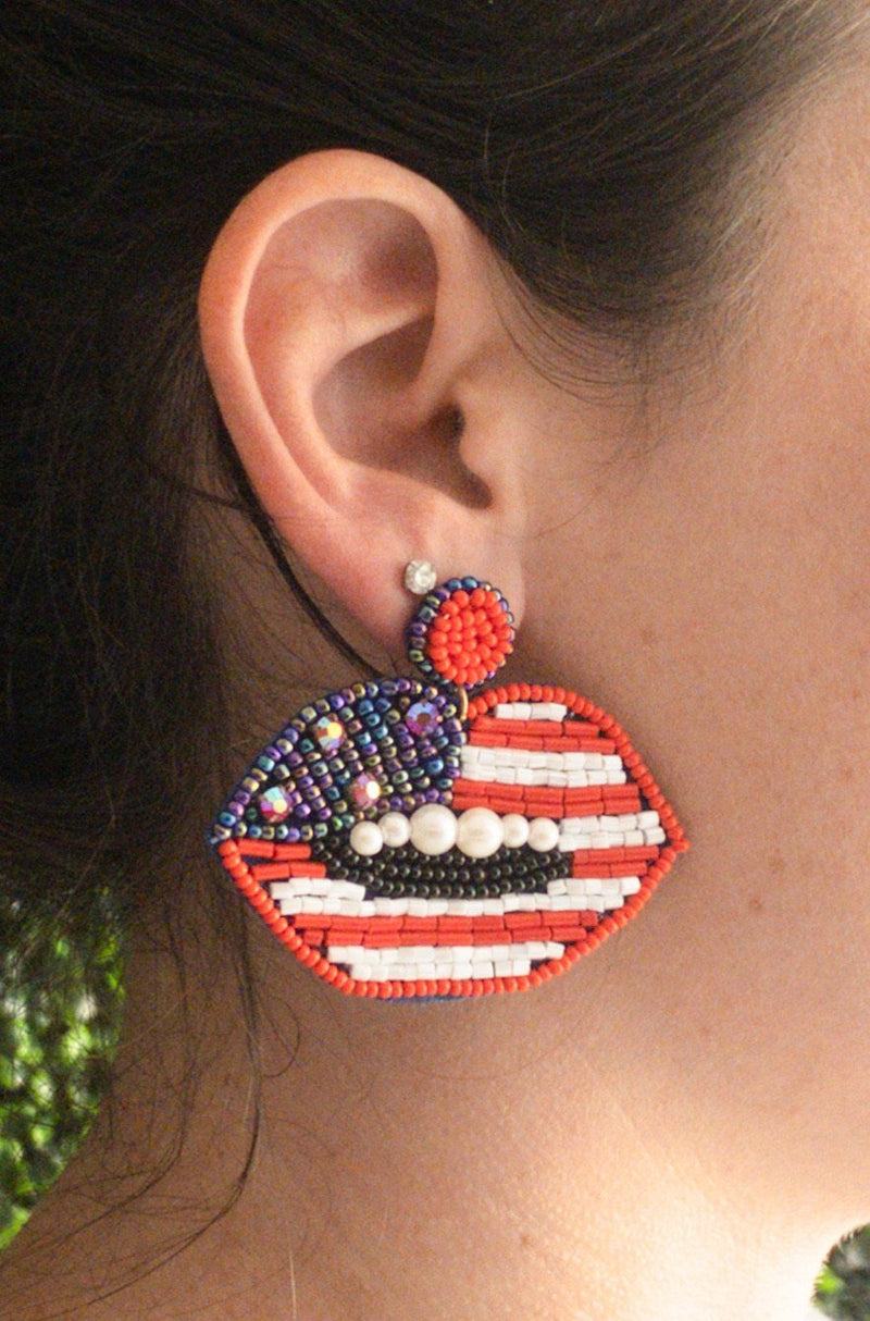 USA Beaded Lips - Kiss My Chic Boutique