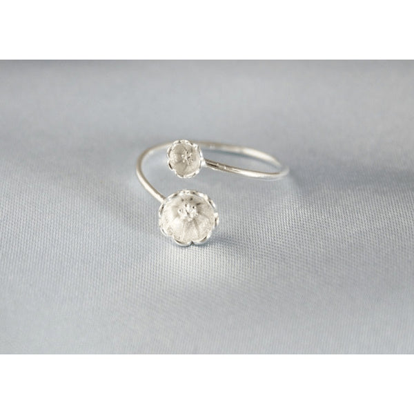 Sterling Silver Engraved Lotus Toe Ring - 925 - FeetyWeety