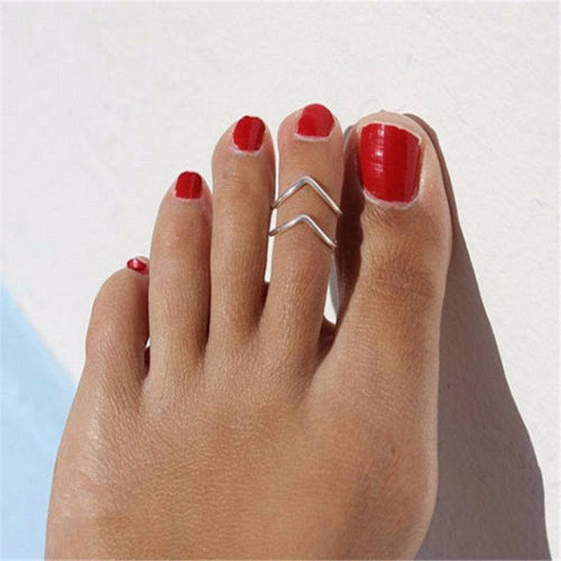 Stainless Steel Silver Victory Toe Ring - FeetyWeety