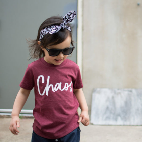 Chaos heather maroon tee