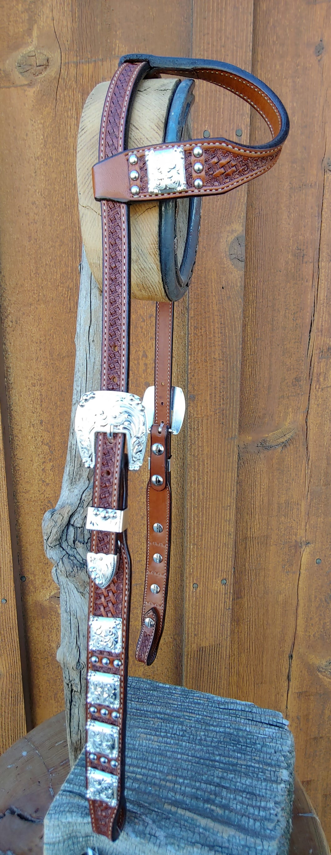 Headstall - HSE15 - tapered full sliding ear with three spot pattern and Custom conchos