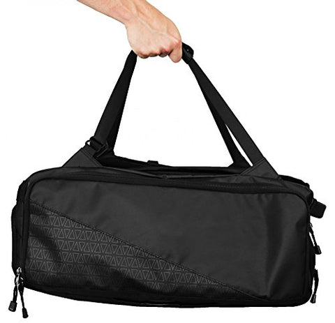 How to carry the Nomatic Travel Bag as a duffel