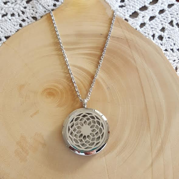 Diffuser Necklace - Dreamcatcher