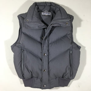 Down vest. women's small.