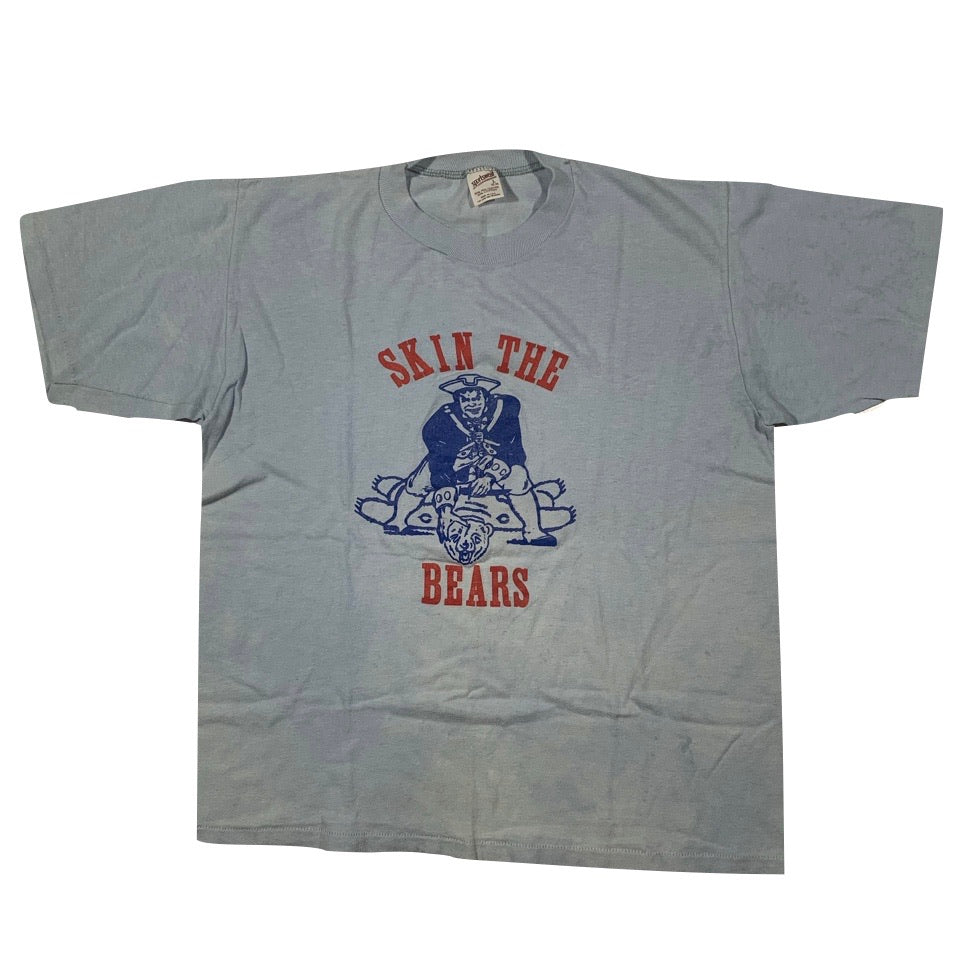 1986 New England Patriots 'skin the bears' tee. Made in USA. M fit.