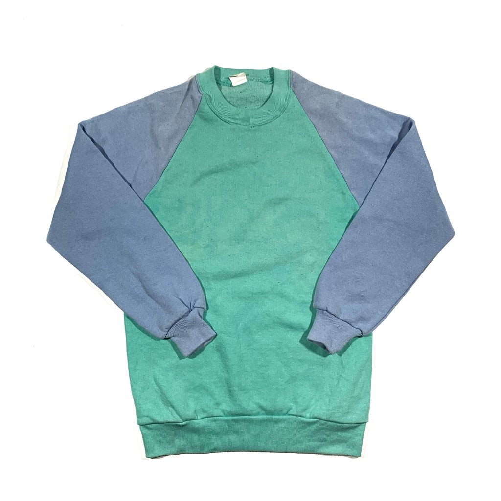 1980's pastel crewneck. soft. Made in USA. S.