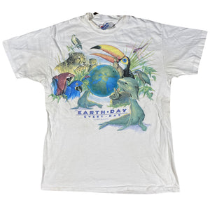 90s Earthday animals tee. medium