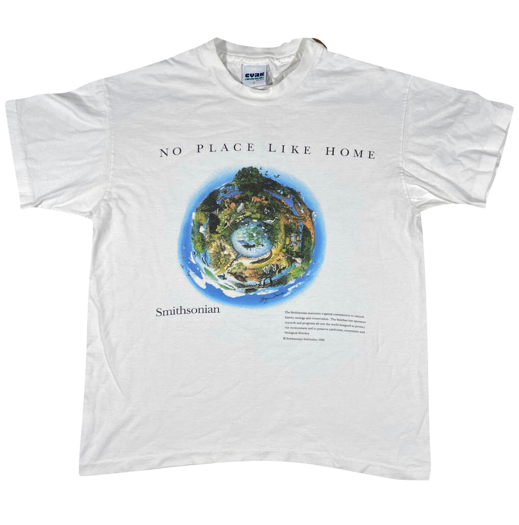 90s Smithsonian earth tee. also a wizard of oz reference large