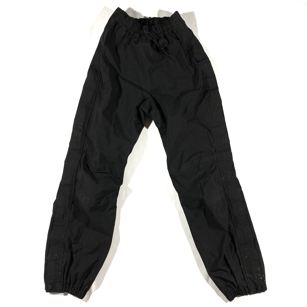 EMS goretex snow/track pants. small