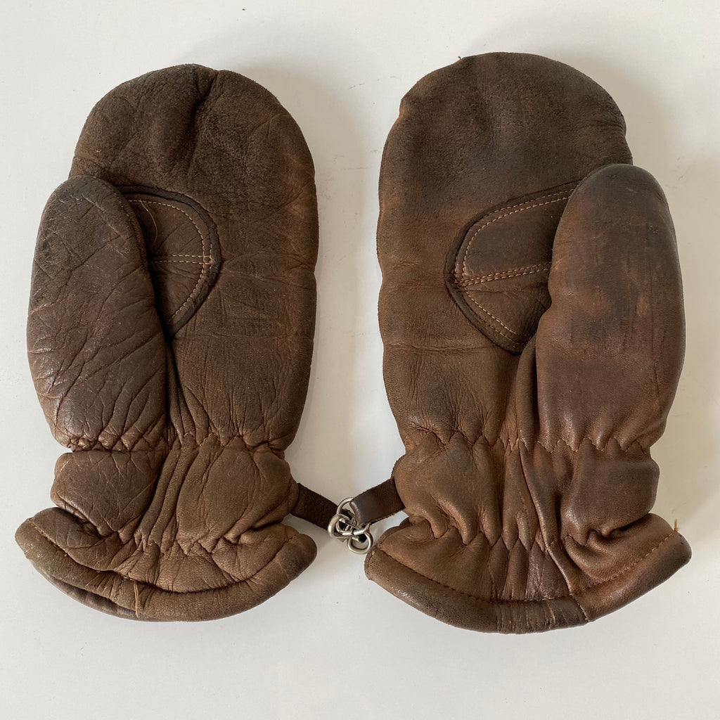Leather mittens. large