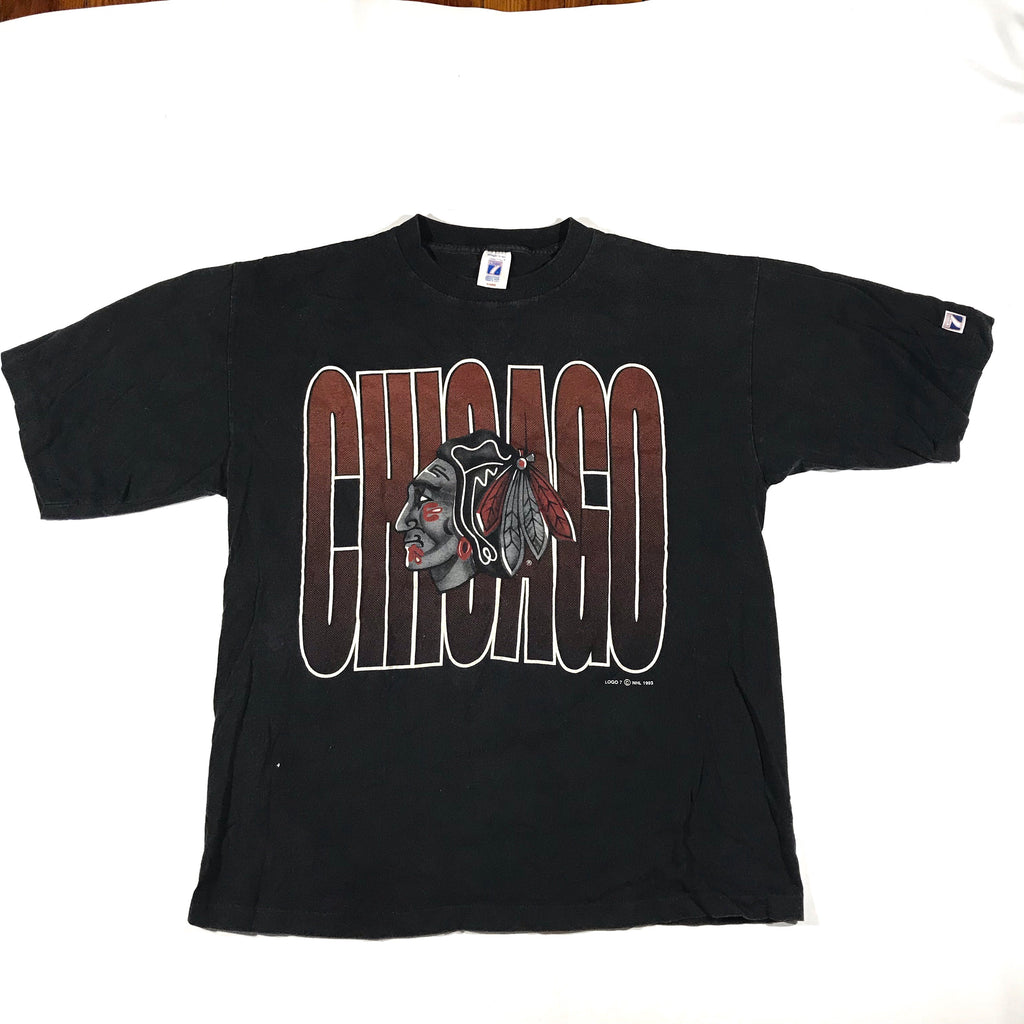 90s Chicago logo 7 tee. XL