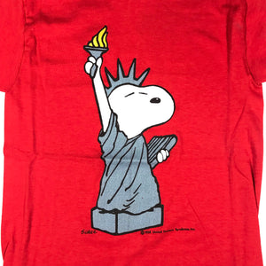 70s Snoopy lady liberty tee. medium