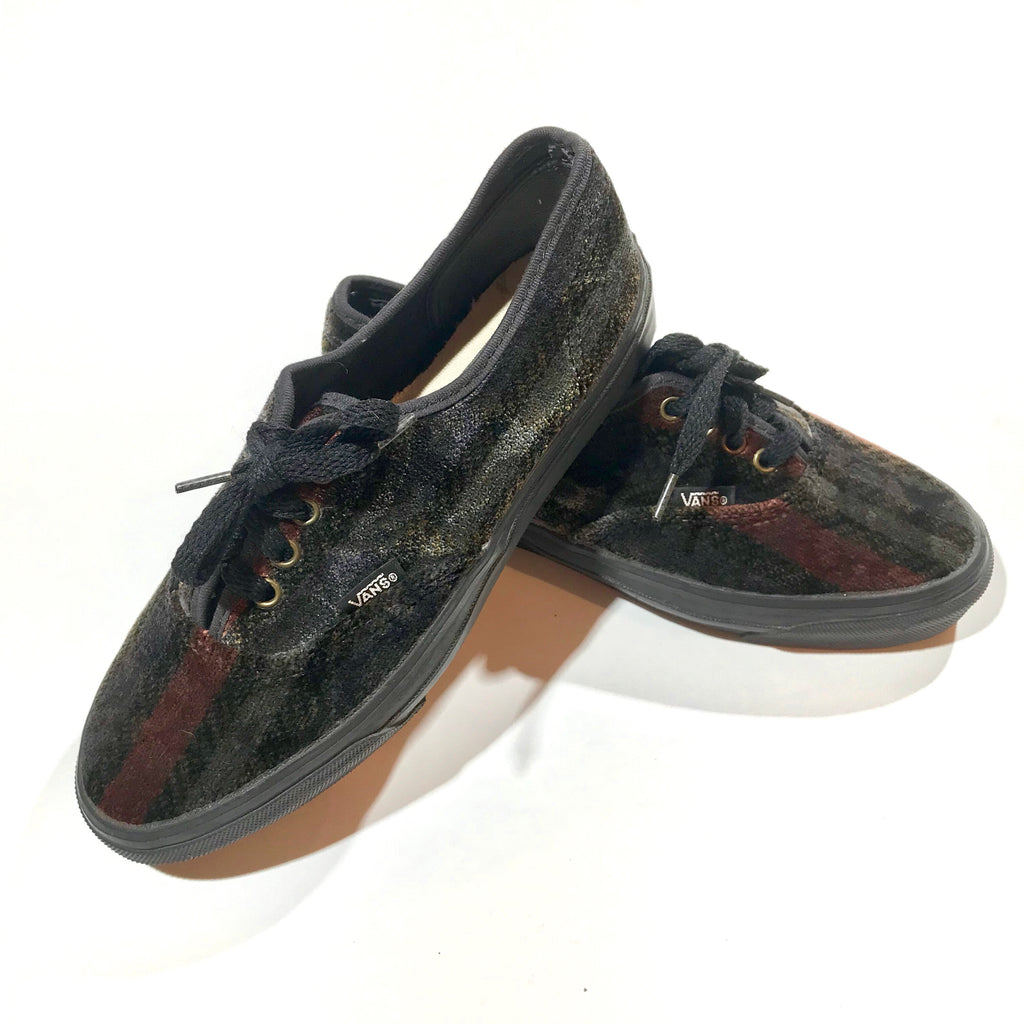 USA Velvet Vans shoes. Women's 8.5