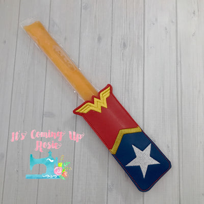 Wonder Woman Freezer Pop Holder