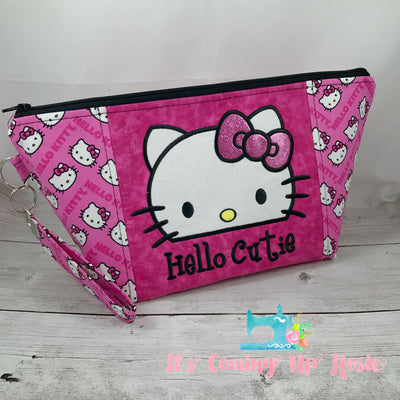 Hello Cutie Zipper Bag