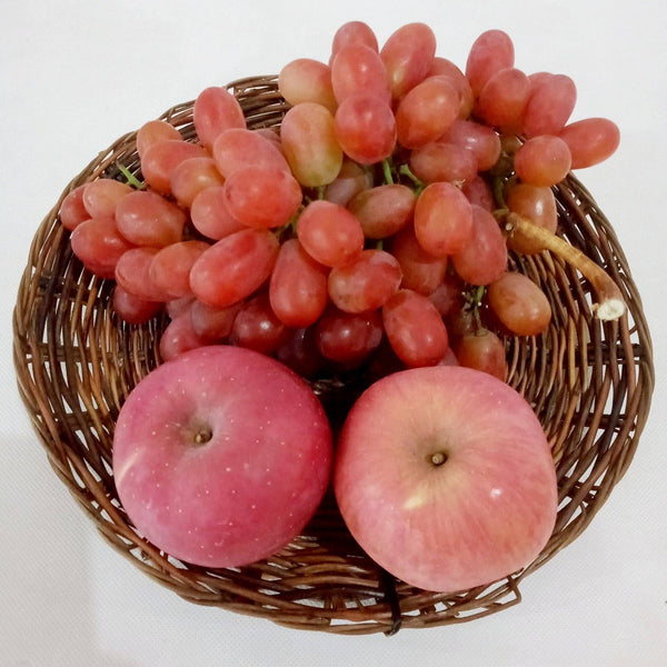 Fruit Tray Set C:Included Grapes 500g and 2pcs Apple,Tray (per set) Homegrown: Fresh Food, Groceries, Plants and More!