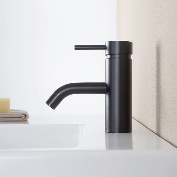 Round basin tap faucet Matte Black  tap mixer spout watermark new