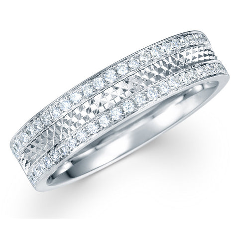 CLASSIC DIAMOND ANNIVERSARY BAND IN 18KT WHITE GOLD