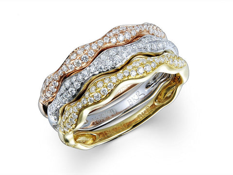 3 RINGS AS A SET IN 18k TRI-COLOUR GOLD - 0.47ct
