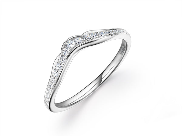 EsCa DIAMOND RING IN 18K WHITE GOLD
