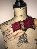 Black Lace and Roses Finger Loop Gloves - The Urban Doll