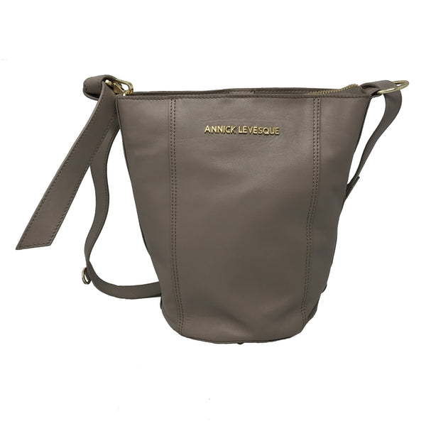 Sac-à-dos-cuir-taupe-Olivia