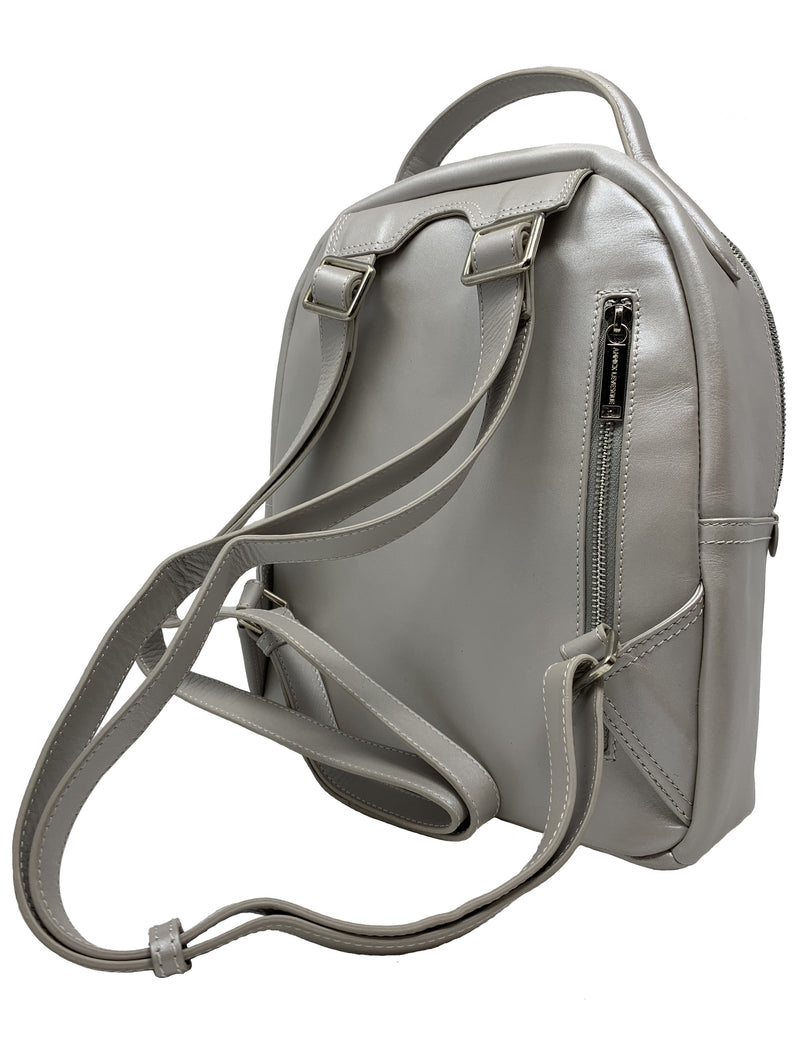 sac-a-dos-en-cuir-argent-mother-of-pearl-annick-levesque-eve