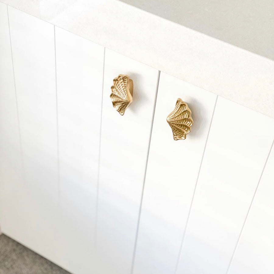 Brass Shell Drawer Handle