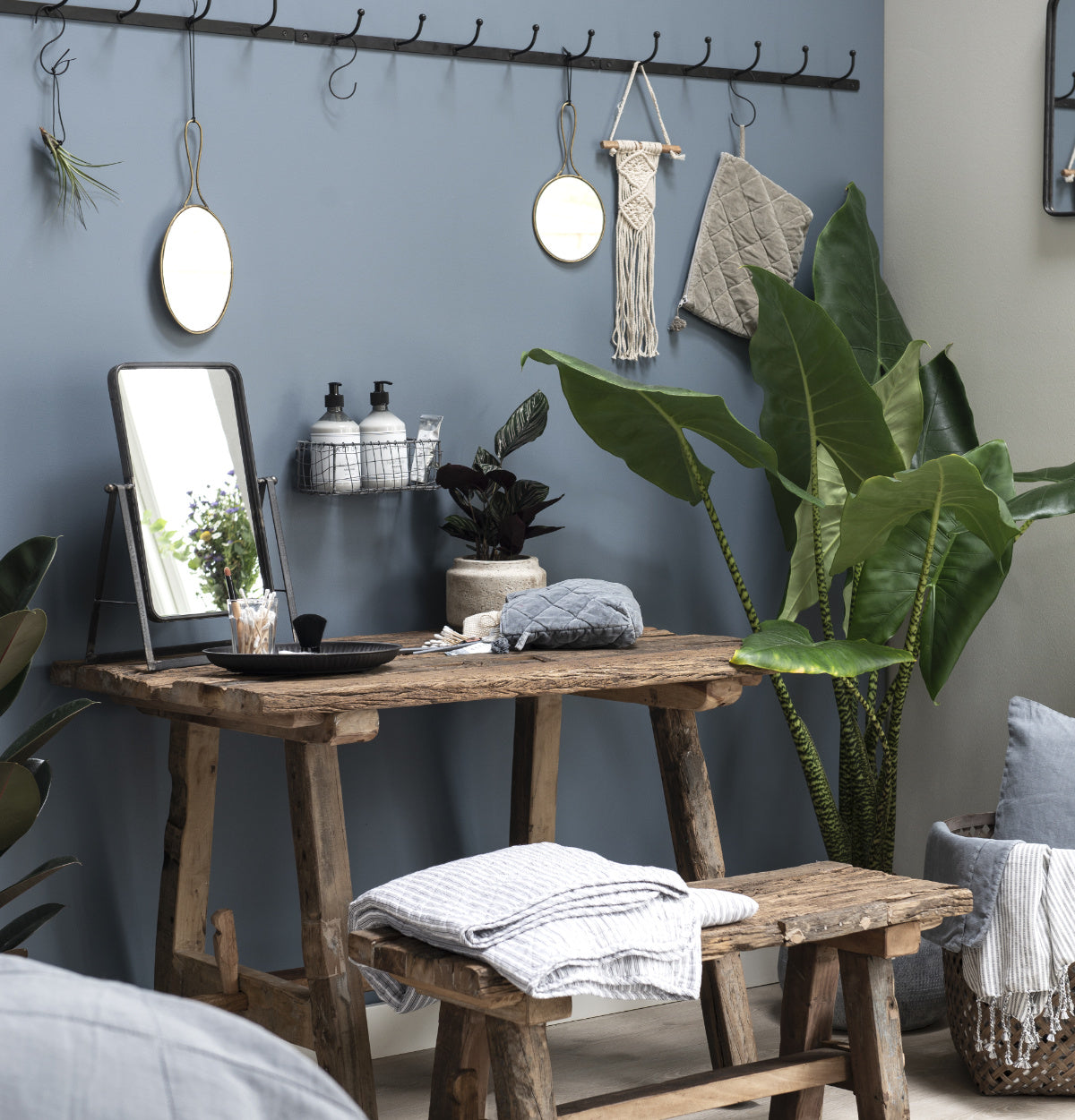 Rustic style home decor