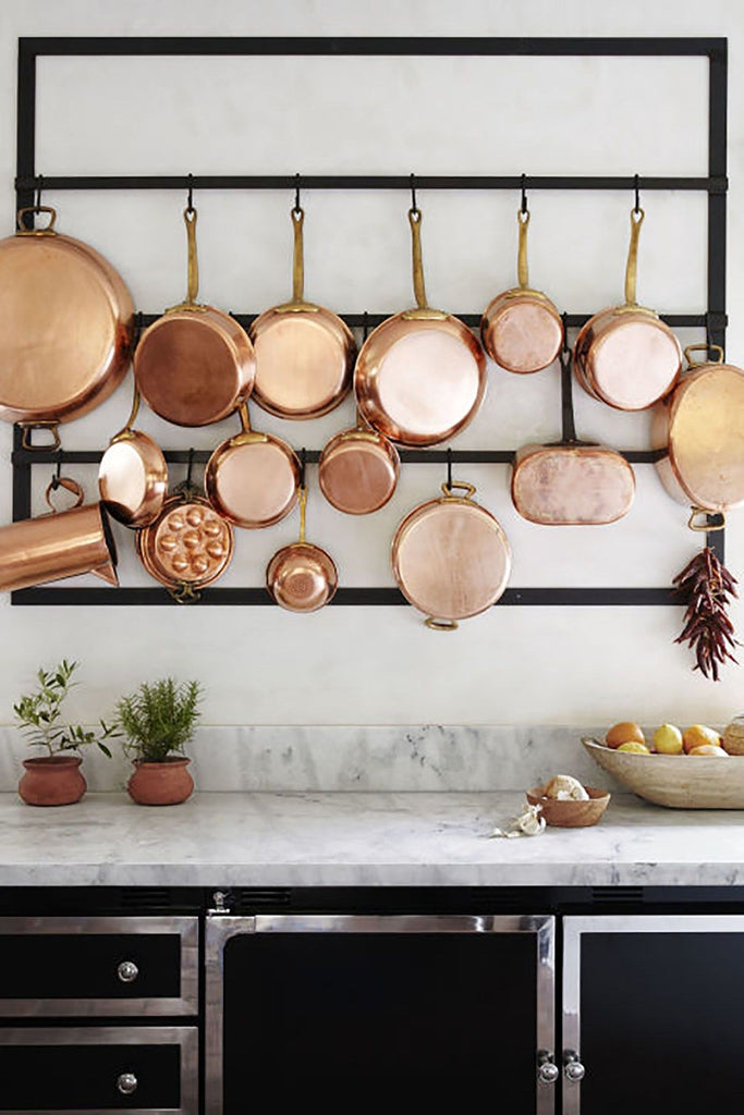 Hanging copper pans and pots