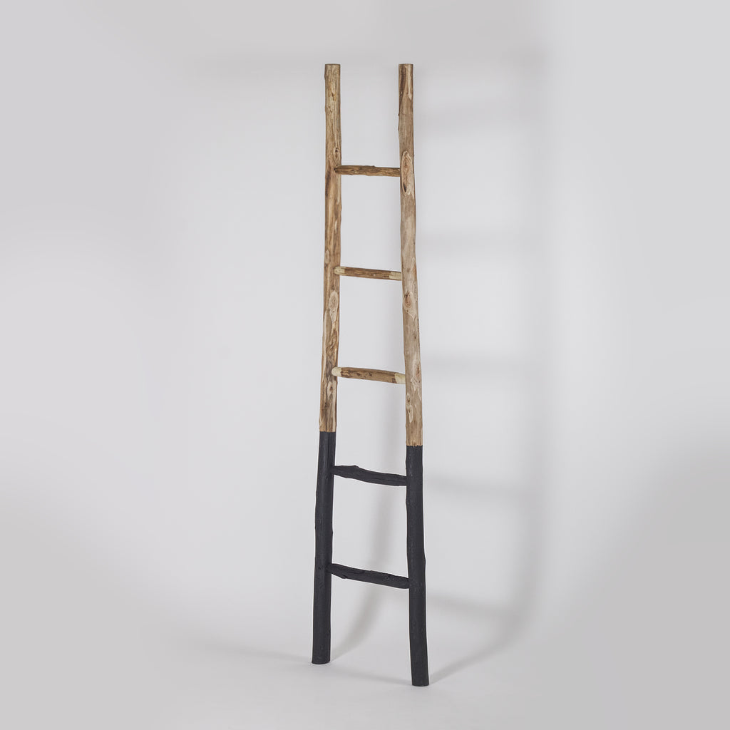 Black Wooden Towel Ladder