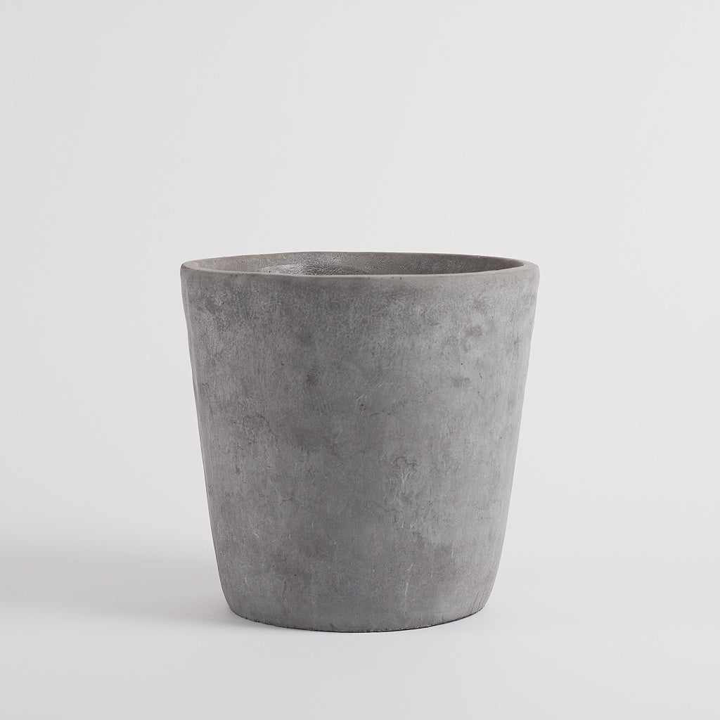 Sima Concrete Planter, Large
