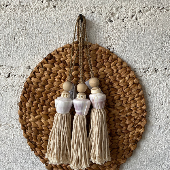 TASSEL SEASHELL GENDUT NATURAL