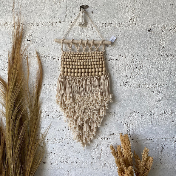 MACRAME HANGING NATURAL BEADS