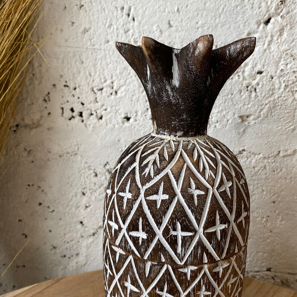 ANANAS CARVING WOODEN BLACKWASH
