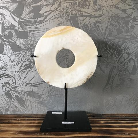 SHELL DISK WITH STAND