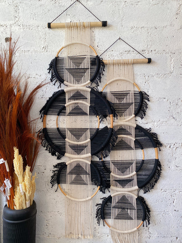 RATTAN MACRAME TRIPLE BLACK WHITE