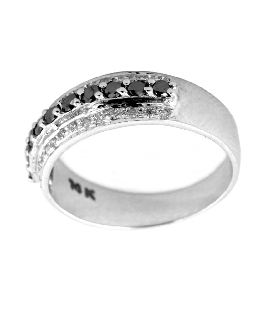 White and lack Diamond Engagement Band Ring in 14 kt Gold