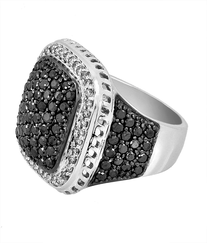 Black and White Men's Diamonds Ring. AAA. Certified.14 K Gold.